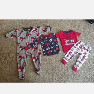Lot of 4 toddlers clothing, 12-18 Months